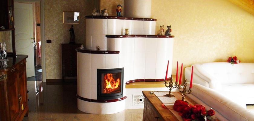 Perch acquistare una stufa a legna in maiolica su misura - Stufe tirolesi in maiolica ...