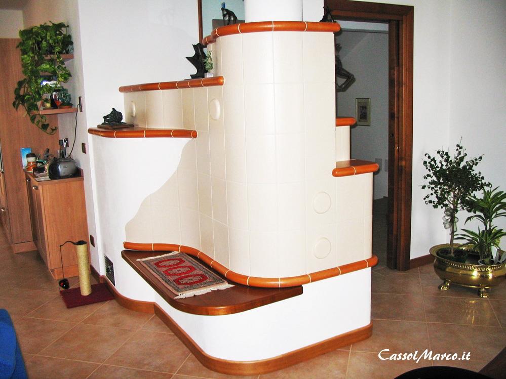 Quanto costa una stufa su misura in maiolica, ceramica e muratura?