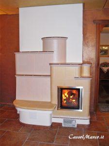 stufa-in-muratura-ceramica-maiolica